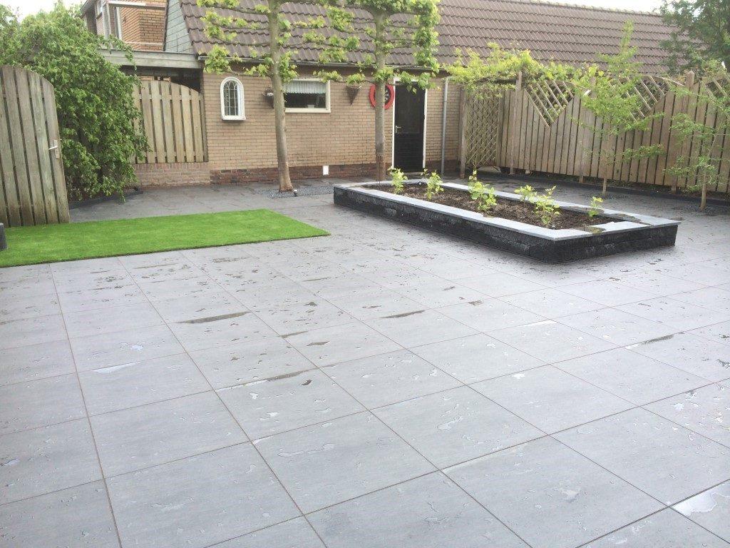 keramische tegels in moderne tuinen