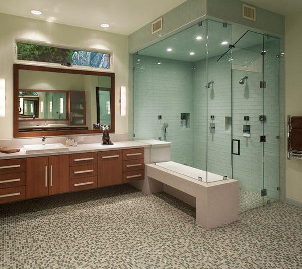 Inloopdouche met stoomkabine in de badkamer
