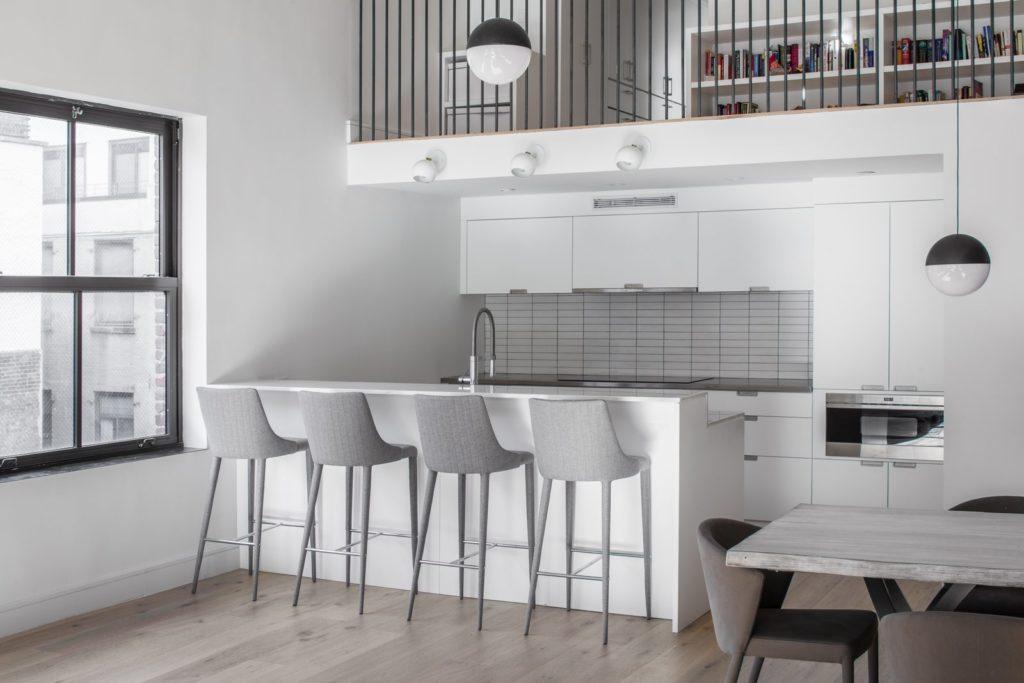 moderne bar aan keukeneiland