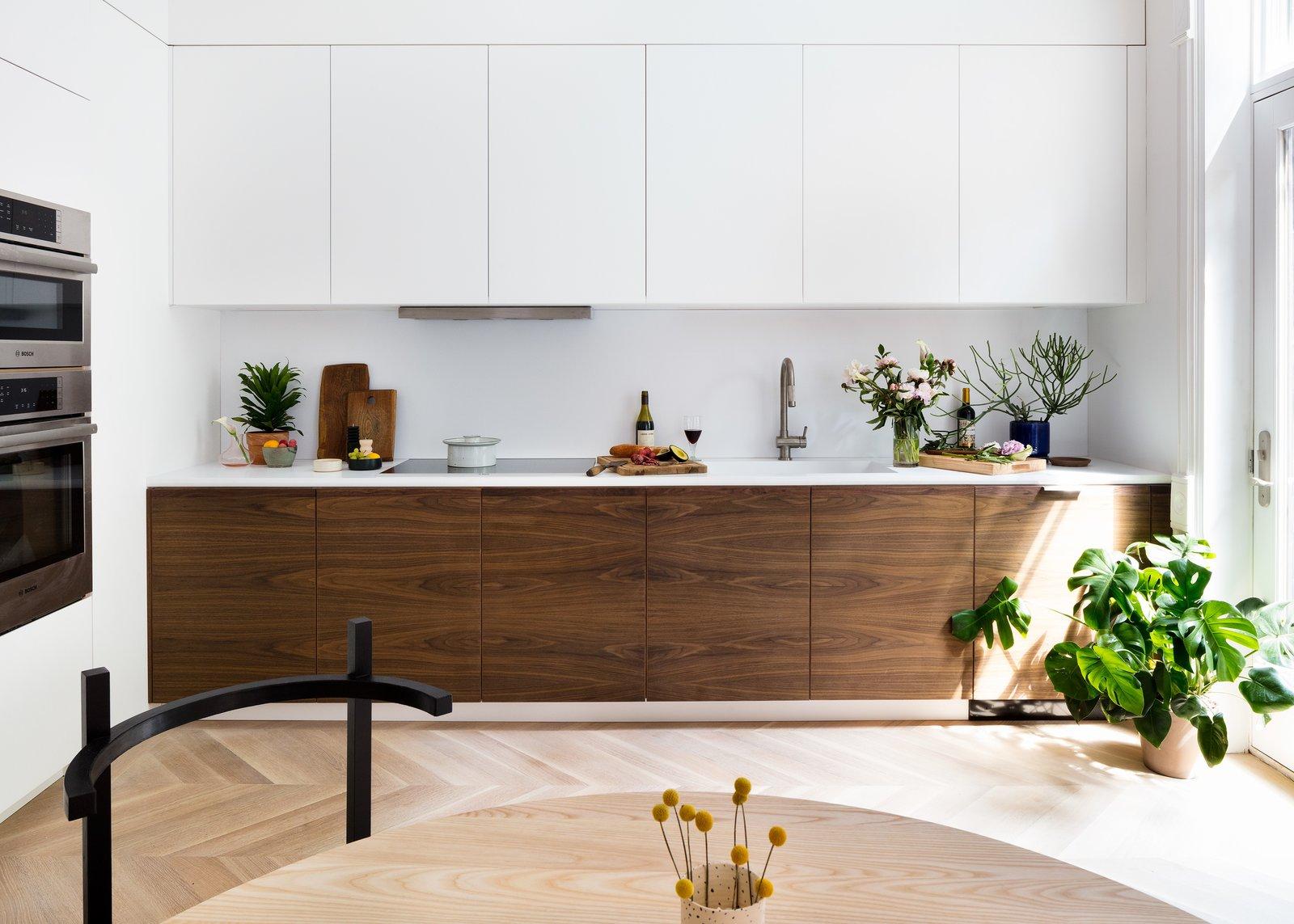 modere-en-strakke-keuken-ideeën-met-voorbeelden-en-keuken-inspiratie-48