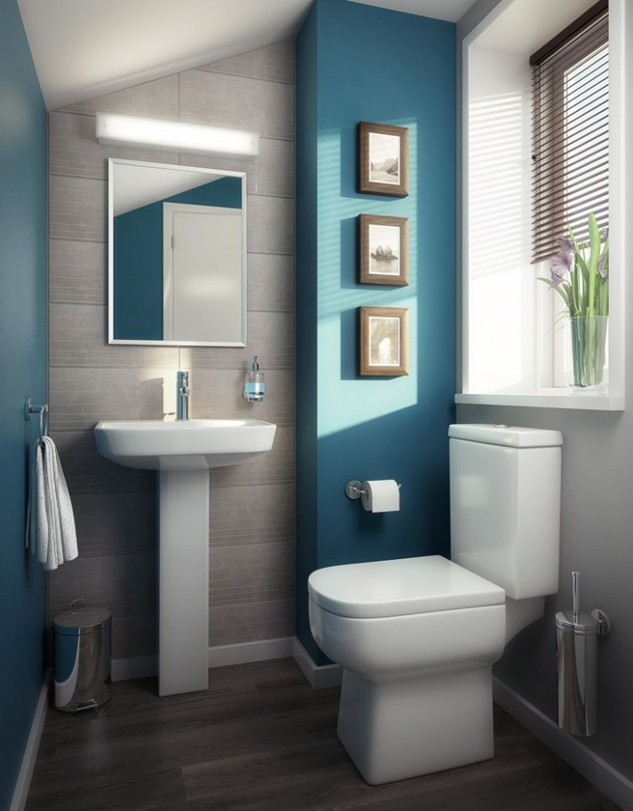 modern blauw toilet met turqoise wanden
