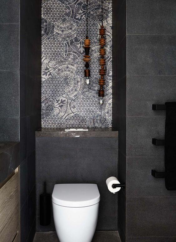 zeshoekige toilettegels met patroon