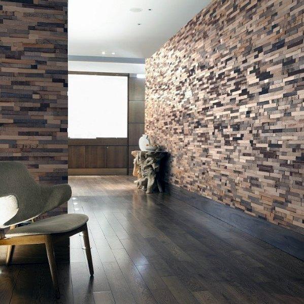 moderne houten muur in de woonkamer van hout strips