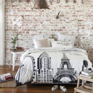 stenen muur slaapkamer
